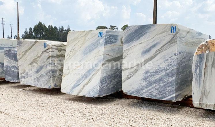 Estremoz marble blocks - grey type
