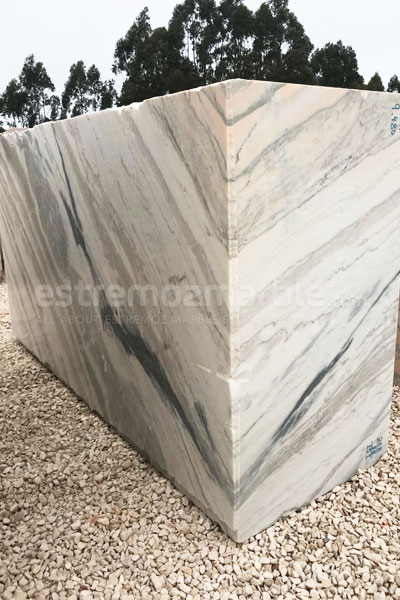 Estremoz Venato marble block