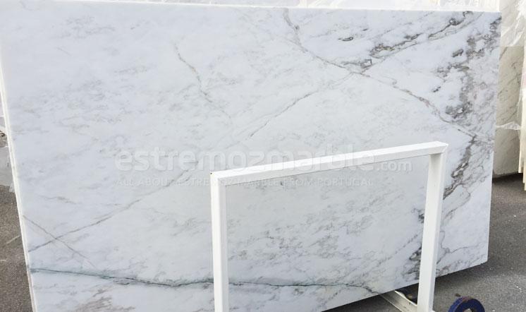 Estremoz marble - Calacatta